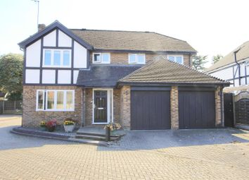 Dukes Ride, Ickenham UB10. 4 bed detached house