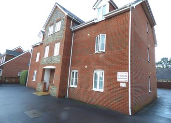Thumbnail 2 bed flat to rent in Warsash Road, Locks Heath, Southampton