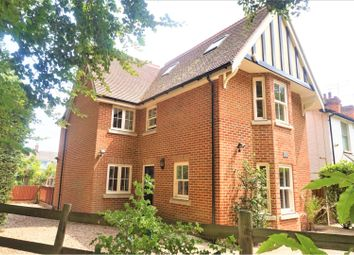Thumbnail 6 bed detached house to rent in Woodlands Road, Farnborough