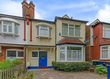 Thumbnail 3 bed property to rent in Chislehurst Avenue, Finchley
