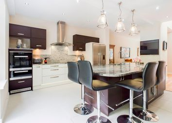 4 bed mews house for sale in Castle View, Blackpill, Swansea SA3