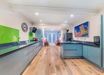 Thumbnail 5 bedroom terraced house to rent in Palace Street, London