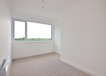 St. Edwards Way, Romford, Essex RM1. 2 bed flat