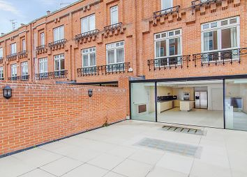 Thumbnail 6 bed terraced house to rent in Flood Street, London