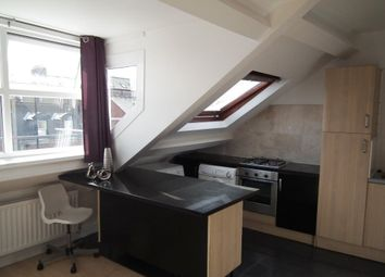 Thumbnail 3 bedroom flat to rent in Westgate Road, City Centre, Available 5/7/2018