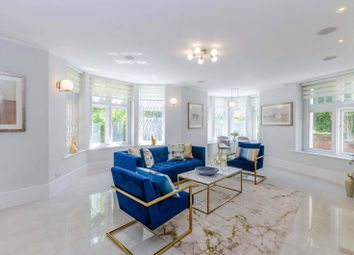 Thumbnail 3 bed flat for sale in Heath Drive, Hampstead