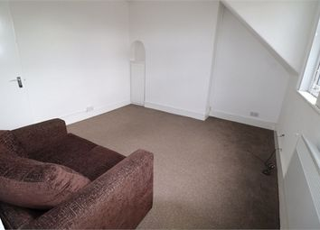 1 bed flat to rent in London Road, Isleworth, Middlesex TW7