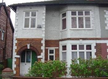 Thumbnail 5 bed shared accommodation to rent in Birch Hall Lane, Manchester, Greater Manchester