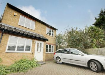 Thumbnail 3 bed detached house to rent in Kelmscott Close, Walthamstow, London