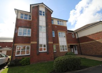 2 bed flat to rent in Beamont Drive, Preston, Lancashire PR1