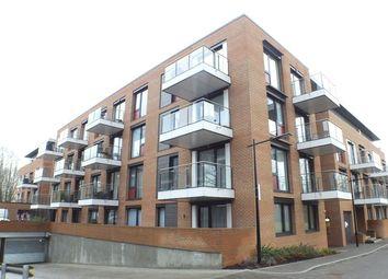 Thumbnail 1 bedroom flat for sale in Greenacres House, Knaresborough Drive, Wandsworth, London