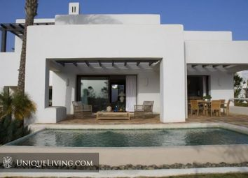 Thumbnail 4 bed villa for sale in Estepona, Costa Del Sol, Spain
