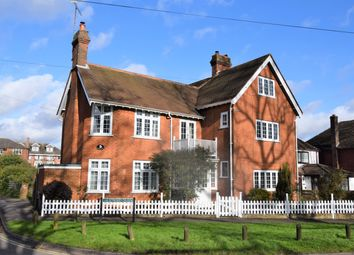 5 bed detached house for sale in Stroud Green, Newbury RG14