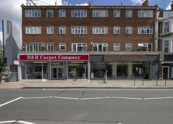 3 bed flat for sale in Upper Richmond Road, London SW15