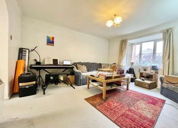 Thumbnail 2 bedroom flat to rent in Rossetti Road, London