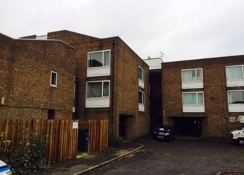 Thumbnail Studio to rent in Whitley Close, Stanwell