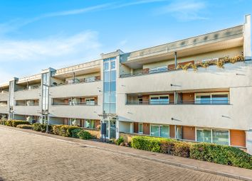 Thumbnail 3 bed flat for sale in Meadowview Road, London