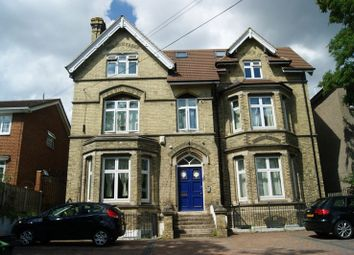 2 bed flat to rent in Tonbridge Road, Maidstone, Kent ME16