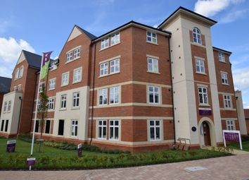 Thumbnail 2 bed flat for sale in Queens Avenue, Aldershot