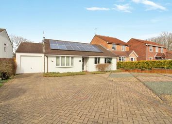 Thumbnail 3 bed bungalow for sale in Finch Close, Thornbury, Bristol