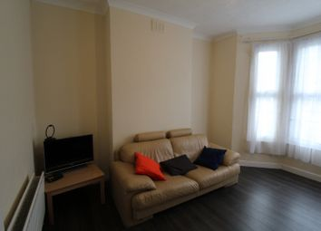 Thumbnail 1 bed flat to rent in Glenwood Road, London