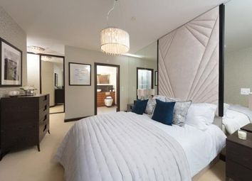 Thumbnail 3 bed flat for sale in Precision, Greenwich