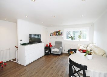 Thumbnail 2 bed maisonette for sale in Dacre Close, Greenford