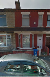 Thumbnail 4 bedroom shared accommodation to rent in Ruskin Avenue, Rusholme Manchester