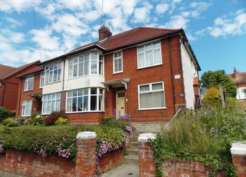 2 bed flat to rent in Bacton Road, Felixstowe IP11