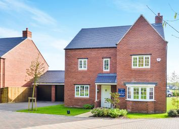 Thumbnail 5 bed detached house for sale in Lansdown Close, Banbury