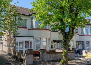 4 bed property for sale in Fairmead Avenue, Westcliff-On-Sea SS0