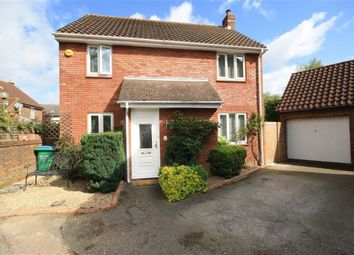 4 bed property for sale in Cyclamen Close, Hampton TW12