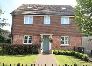 Thumbnail 5 bedroom link-detached house for sale in Vaughan Close, Dartford
