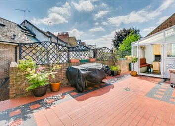 Thumbnail 3 bed flat for sale in Dawes Road, Fulham, London