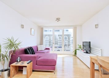 Thumbnail 2 bed flat to rent in Clephane Road, London