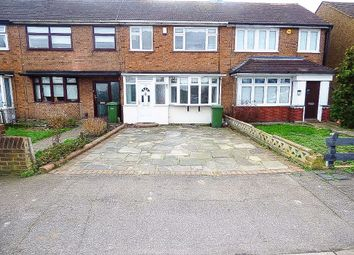 3 bed property to rent in Ford Lane, Rainham RM13