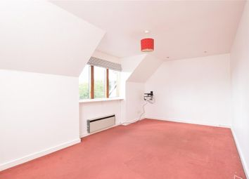 Thumbnail 2 bedroom flat for sale in Jengers Mead, Billingshurst, West Sussex