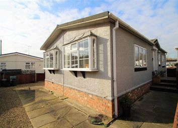 Thumbnail 2 bed mobile/park home for sale in Riverside Park, West Drayton, Middlesex