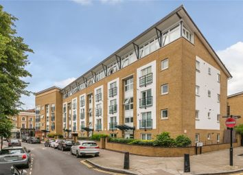 Thumbnail 1 bedroom flat for sale in Clephane Road, Islington, London