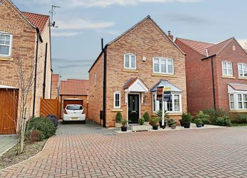 Thumbnail 3 bed detached house for sale in New Forest Way, Kingswood, Hull