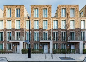 4 bed property for sale in Starboard Way, London E16