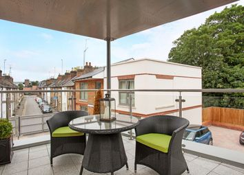 2 bed flat to rent in Bridgewater Terrace, Windsor SL4