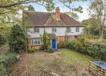 Thumbnail 4 bed cottage for sale in Betty Grove Lane, Sindlesham, Berkshire