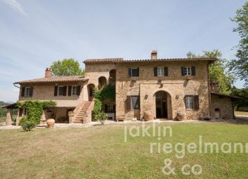 Thumbnail 5 bed villa for sale in Italy, Umbria, Perugia, Perugia.