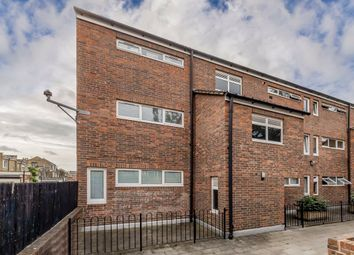 Thumbnail 1 bed flat for sale in Duncombe Road, London