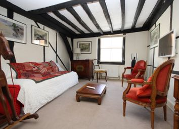 Thumbnail 2 bed flat to rent in New Street, Henley-On-Thames
