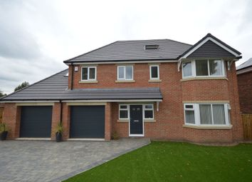 Thumbnail 6 bed detached house for sale in Kingsway, Ossett