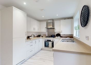 Thumbnail 4 bed town house for sale in Queens Acre, Wokingham