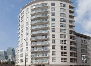 Thumbnail 1 bed flat to rent in Aurora Building, 164 Blackwall Way, South Quay, Canary Wharf, London