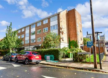 Thumbnail Flat for sale in Navarre Road, London